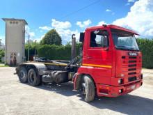 Kamión hákový nosič kontajnerov Scania E R113 SCARRABIL BALSTRATO ANTRIOR POST