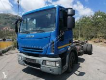 Camión chasis Iveco Eurocargo 140 E 25