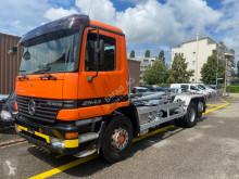 Camión Mercedes Actros actros 2543 hakengerät, notter typ lbse 20-620 Gancho portacontenedor usado