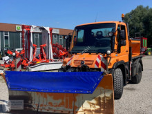 Maquinaria vial camión quitanieves Unimog U 290 inkl. Winterdienstausrüstung