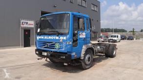 Camion châssis Volvo FL6