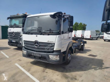 Mercedes chassis truck Atego 1024
