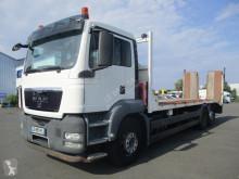 Camión portamáquinas MAN TGS 26.400