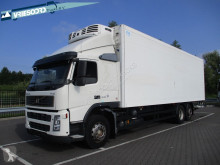 Volvo egyhőmérsékletes hűtőkocsi teherautó FM 300
