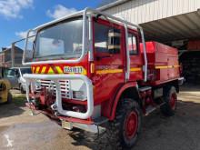 Camion camion-citerne feux de forêts Renault Midliner 150