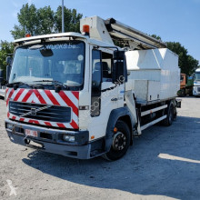 Camion Volvo FL6 nacelle occasion