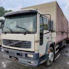 沃尔沃FL6卡车 侧帘式 二手