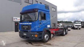 Camion MAN 26.403 châssis occasion
