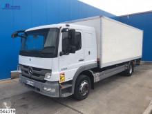 Vrachtwagen bakwagen Mercedes Atego 1318