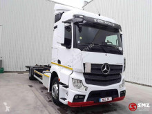 Camião chassis Mercedes Actros 1846