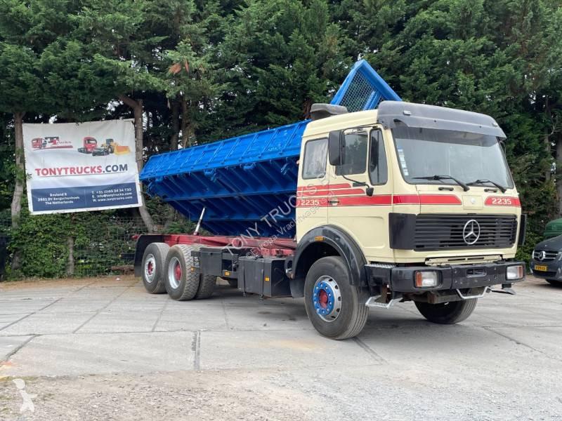 Vedere le foto Camion Mercedes SK 2235