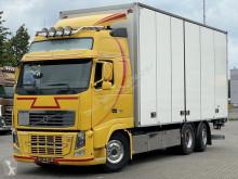 Camión Volvo FH16 furgón usado