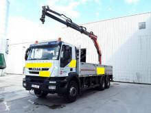 Lastbil flatbed Iveco Trakker 340 T 36