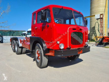 Camión chasis Iveco 682