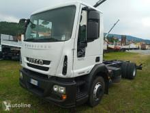 Camión chasis Iveco EUROCARGO 140E22/P