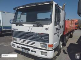 Camion Volvo FL 10.320 porte engins occasion