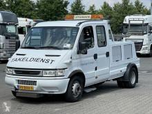 Camión de asistencia en ctra Iveco Daily