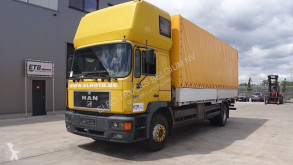 Camion savoyarde MAN 18.264