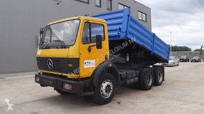 Camion benne Mercedes SK 2422