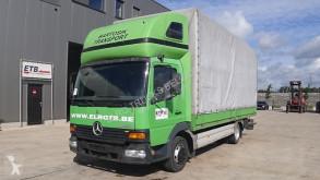 Vrachtwagen met huifzeil Mercedes Atego 815