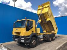Camion benne Iveco Trakker 350