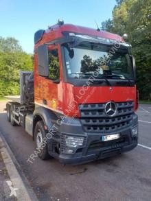 Camion polybenne Mercedes Arocs 2648 LK