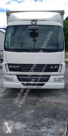 Camião DAF LF45 FA 220 cortinas deslizantes (plcd) usado
