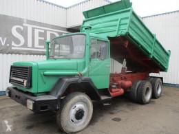 Iveco hátra és két oldalra billenő kocsi teherautó Magirus