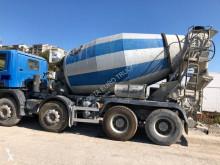 Lastbil betong blandare Scania P 380