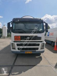 Camion Volvo FM9 citerne occasion