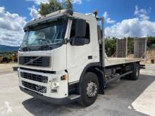 Volvo gépszállító teherautó FM 300