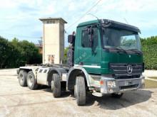 Camión Mercedes Actros 3244 SCARRABILE BALESTRATO ANTERIO Gancho portacontenedor usado