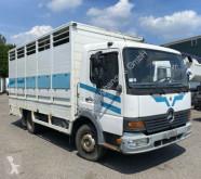 Camion van à chevaux Mercedes Atego Atgeo 1017
