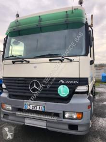 Caminhões Mercedes estrado / caixa aberta usado