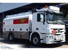 Caminhões Mercedes Actros cisterna usado