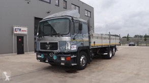 Camion plateau MAN 25.362 (MANUAL PUMP & GEARBOX / BIG AXLE / / / 6 CYLINDER)