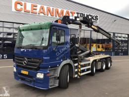 Ciężarówka Mercedes Actros 3241 Hakowiec używana