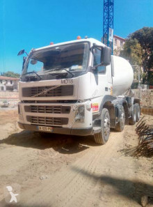 Камион бетон миксер Volvo FM 380