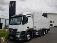 Teherautó Mercedes Actros Actros 2543 LL 6x2 Getränkekoffer+LBW mehrfach!! használt italszállító furgon