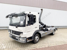 Camión Mercedes Atego 818 4x2 818 4x2 eFH./Schwingsitz Gancho portacontenedor usado