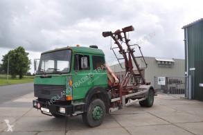 Lastbil containertransport Iveco margirus 256 M19 FK