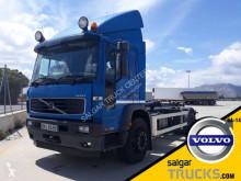 Camion polybenne Volvo FL 220