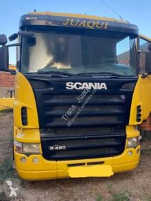 Lastbil platta häckar Scania R 420
