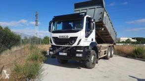 Camião Iveco Trakker AT 380 T 36 basculante para obras usado