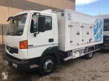 Camion frigo Nissan Atleon 80.19