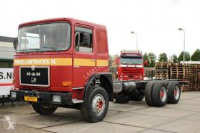 Camión chasis MAN 32.361 MANUAL FULL STEEL