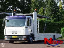 Kamión kamión na prepravu vozidiel MAN TGL 12.240