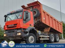 شاحنة Iveco Trakker حاوية مستعمل