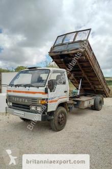 Toyota Dyna 300 truck used three-way side tipper