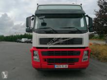 Camión Volvo FM 400 cisterna alimentario usado